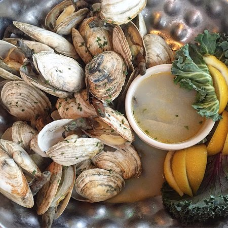 Lobster Pot Restaurant: Steamers with hot water and hot butter from The Lobster Pot, Siesta Key