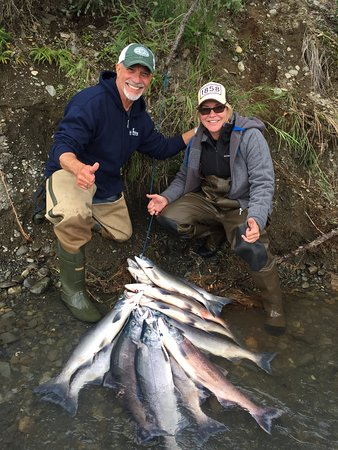 Alaskan Fishing Adventures Accommodation : Fishing the Kenai Alaska