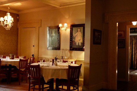 Sharon Springs, Nowy Jork: A quiet peaceful dining room