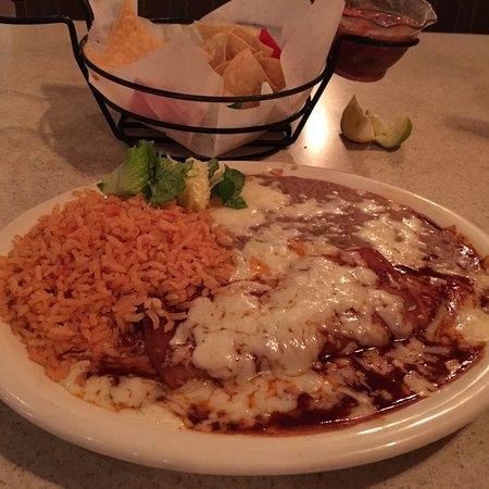 Alejandra 39 s mexican restaurant visalia omd men om for Alejandra s mexican cuisine
