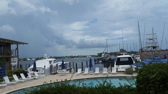 Cove Inn on Naples Bay: 20160803_144524_large.jpg