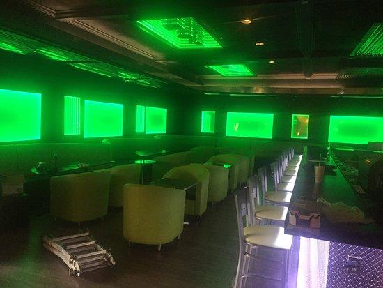 Suwanee, GA: Amazing pic of ambiance of Pk Tunn hookah lounge