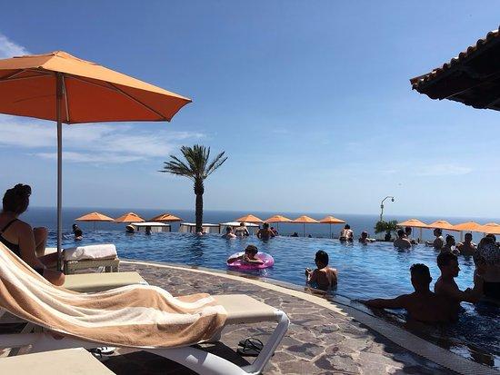 Montecristo Estates Pueblo Bonito: The fabulous Sky Pool