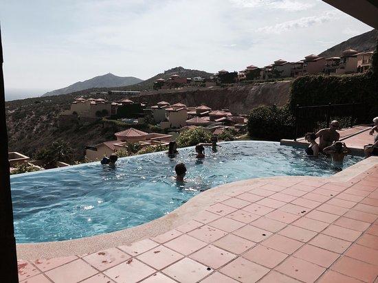 Montecristo Estates Pueblo Bonito: Our private pool overlooking the Pacific