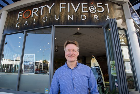 Caloundra, Australia: Owner Jimmi Bradbury welcomes you to FortyFive 51