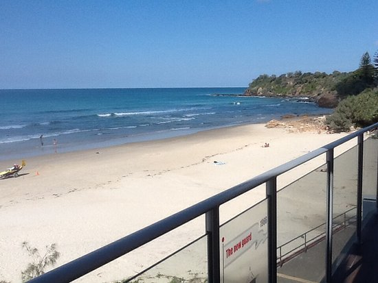 Coolum Beach, Australia: Looking South from dinning area