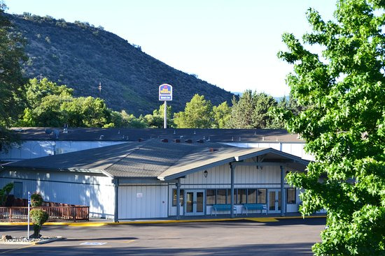 Yreka, CA: View from the back of the hotel