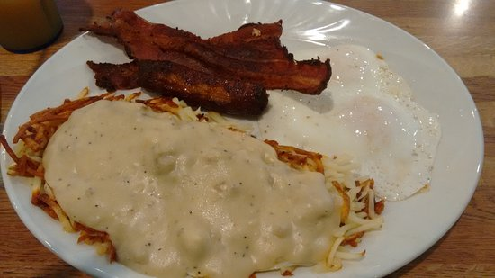Scappoose, OR: Hash-browns with yummy gravey and thick tasty bacon