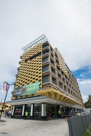 Hotel Labuan Point: getlstd_property_photo