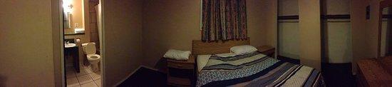 Traveller's Rest Motel: Like a horror movie.