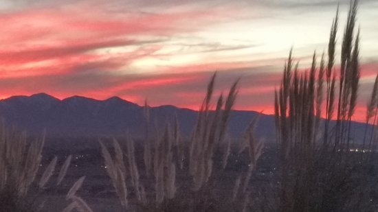 Apple Valley, CA: Sunset to Die for
