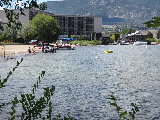 Penticton Lakeside Resort Convention Centre & Casino: Hotel from Lake Okanagan