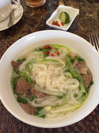 Hanoi Imperial Hotel: 朝食のフォー