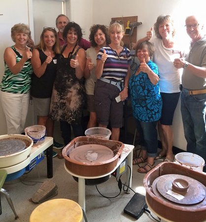 Cottonwood, AZ: Sedona Chamber of Tourism giving the Thumbs Up! Come Play With Clay:)