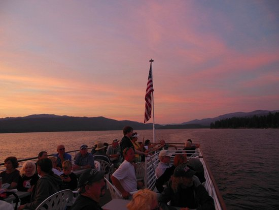 Payette Lake Scenic Cruises: More sunset
