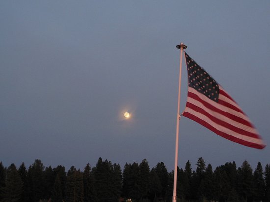 Payette Lake Scenic Cruises: Our National Flag