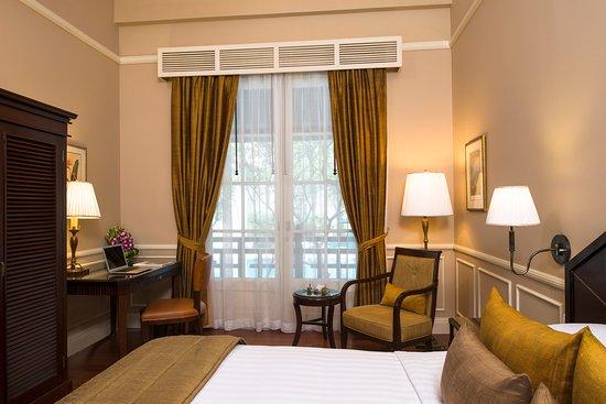 Raffles Hotel Le Royal: Room: State Room