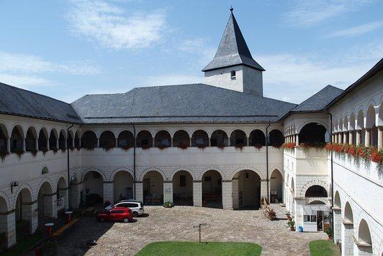 Volkskundliche Sammlungen auf Schloss Straßburg