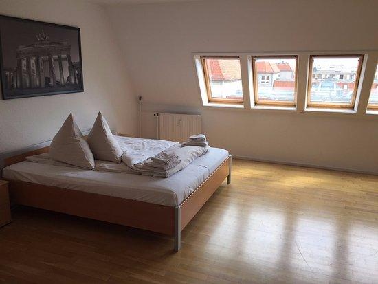 Apartments am Brandenburger Tor: Durchgangszimmer