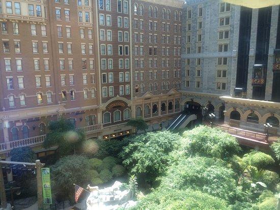 Sam's Town Hotel and Gambling Hall: photo1.jpg