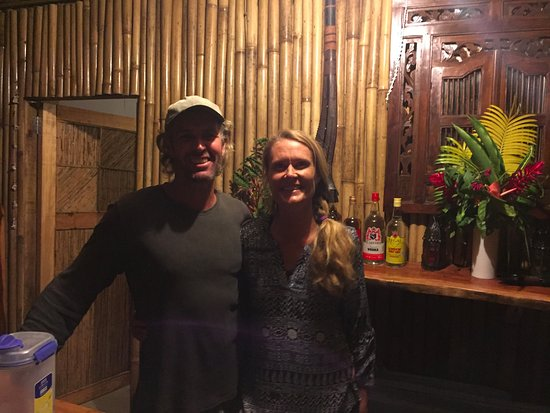Qamea Island, ฟิจิ: Our hosts Rebecca and Andrew