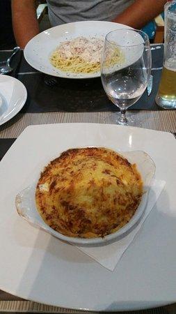 Monica Restaurant: 20160809_203258_large.jpg