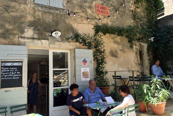 Le Gordes-Manger : 店舗テラス席