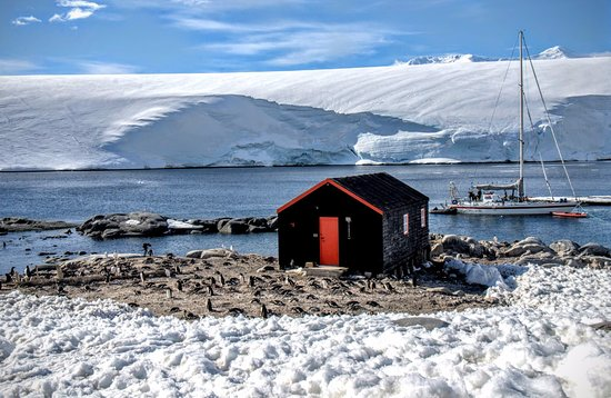 Mailing my letters post cards from antarctica picture of for Port lockroy
