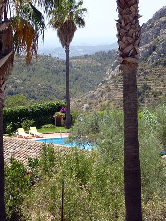 Tarbena, Ισπανία: Poolen intill