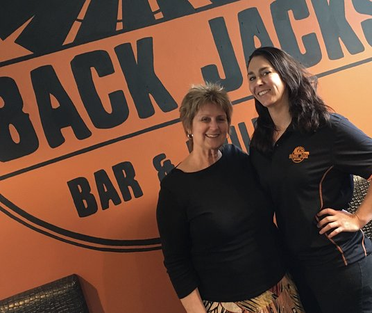 Мейтленд, Австралия: Myself and the hardworking owner, Sheree Middleton