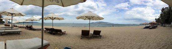 Hai Au Hotel: пляж