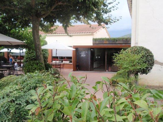 Sant Marti de Llemena, Spanje: entrada del restaurante
