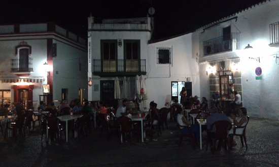 """Mayor place"" square in the Encinasola Town at 2 am!"