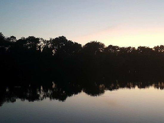Lakeside Ski & Wake: Lakeside Reflection