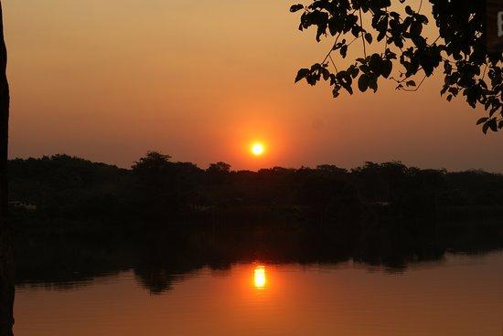 Ndola, Zambie : Sunset on the Lake