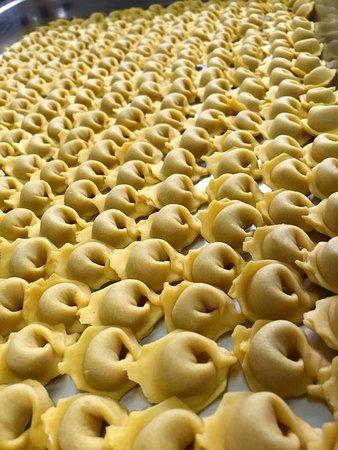 Albinea, Italie : Cappelletti fatti a mano