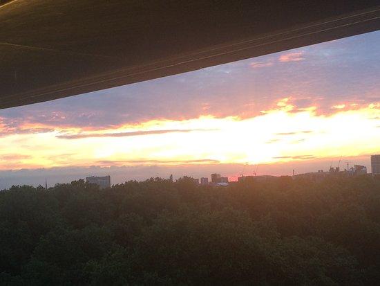 45 Park Lane - Dorchester Collection: sunset