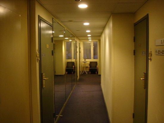 Flure In Og Mit Zimmerzugangen Picture Of Best Western Hotel