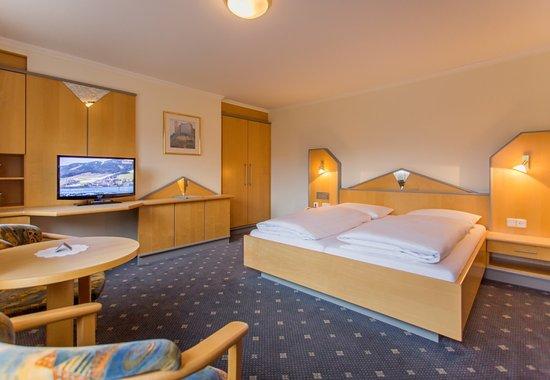 """Hotel Das Zwolferhaus : Komfort-Doppelzimmer """"Reiterkogel"""""""