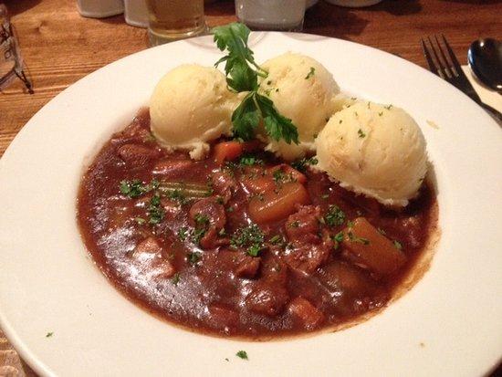 Letterfrack, Ierland: Veldon's - lamb stew