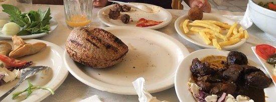 إهدن, لبنان: chicken liver in pomegranate