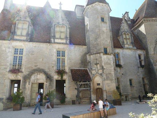 Chateauneuf, Francia: la façade du château