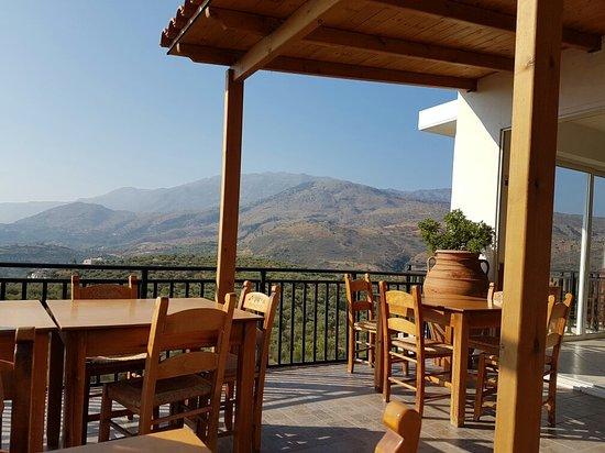 Exopoli, Grecia: Profilio Apartments