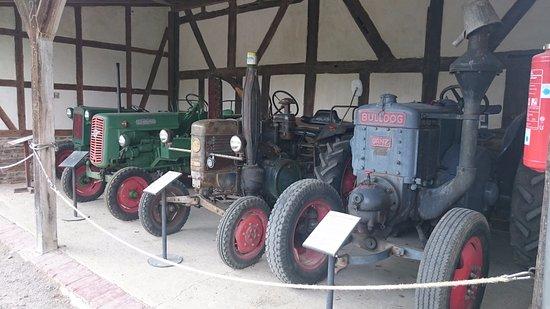 Lindlar, ألمانيا: Historische Traktoren
