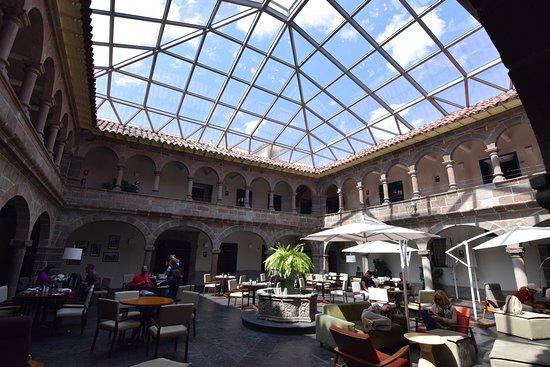 Novotel Cusco: ガラス張りのパテイオ