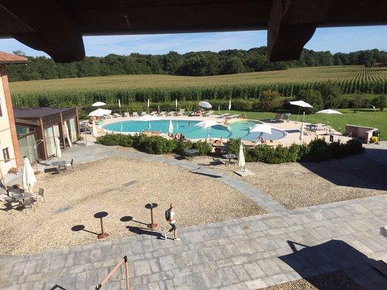 Fiano, Italia: Vue de la piscine depuis la chambre