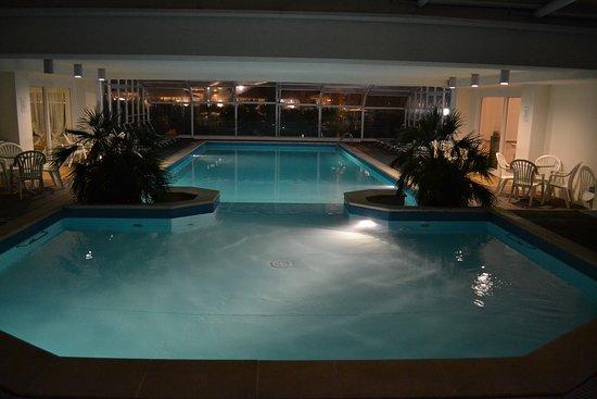 Il Bagno Adriasol - Picture of Hotel Bassetti, Pinarella ...