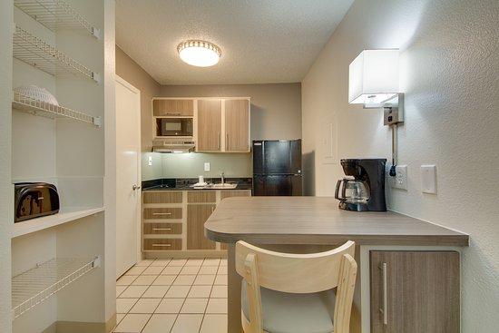 North Richland Hills, TX: Guest Room