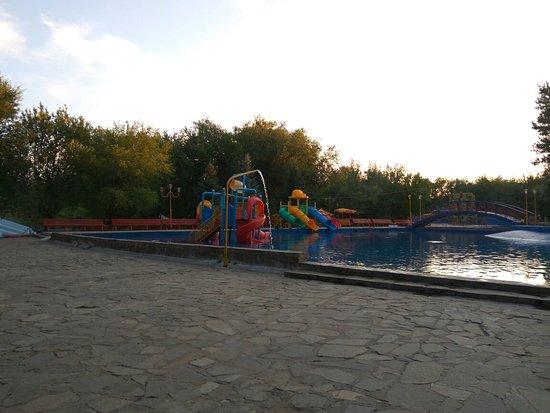 Kapchagay Reservoir照片