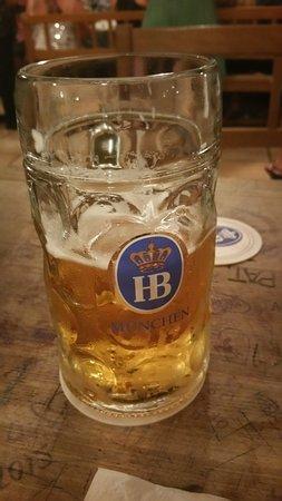 Munich Walk Tours: Hofbrauhaus beer in Munchen